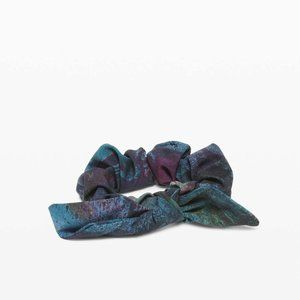Lululemon Uplifting Scrunchie Bow 3 Pack *NWT*